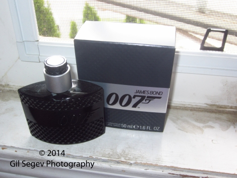 Eon Productions James Bond 007 box+bottle